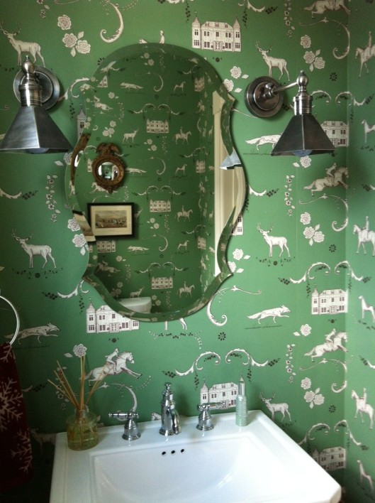 "and of course, there are little foxes in my favorite ""Lady of the Manor"" paper (in my powder room)."