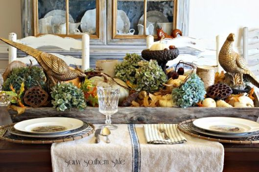 I love the use of hydrangea in pretty much anything.... the cool, soft palette is also a fresher take on the traditional Thanksgiving tablescape.