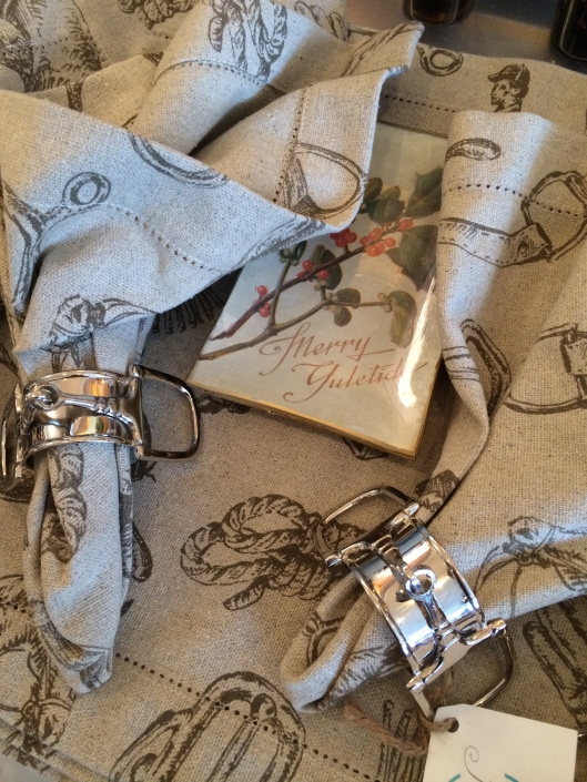 These equestrian napkins and napkin rings make the most elegant country table.